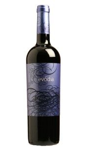 Evodia Old Vine Grenache 2010 from Spain - Evodia is an exciting new project in the Denominacion de Origen Calatayud, hailed as one of Spain's most progressive and promising wine growing regions. Black Cherry Fruit, Vodka, Sparkling Wine, Fine Wine, Prosecco, Alcoholic Drinks, Cocktails, Wine Recipes, Wines