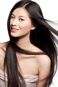 Un post sur l'utilisation de l'eau de riz pour avoir de beaux cheveux lisses et soyeux. Une technique utilisée depuis des millénaires en Asie.