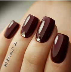 1 2 3 Comment bellow firifashion for more Picture Credit tatnails_. from mfield_edd_price 1 2 3 Comment bellow firifashion for more Picture Credit firifashion , Burgundy Nail Designs, Burgundy Nail Art, Burgundy Color, Cute Nails, Pretty Nails, My Nails, Fancy Nails, Maroon Nails, Nagellack Trends