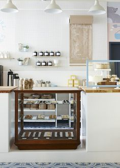 Each one girl cookies location has an antique display case—this one was found in brooklyn—and vintage milk glass cake stands collected by casale. Cafe Shop, Cafe Bar, Bakery Cafe, Design Café, Design Shop, Store Design, Design Furniture, Plywood Furniture, Kid Furniture