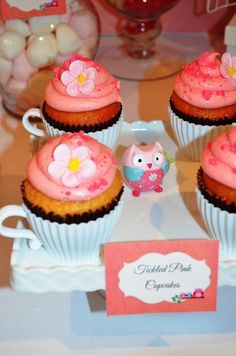 Teacup cupcakes at an  Owl Party #owlparty #cupcakes