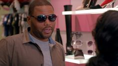 986a64316cc5b Ray Ban sunglasses worn by Anthony Anderson in BLACK-ISH  ANDRE FROM  MARSEILLE (2015)  raybanofficial