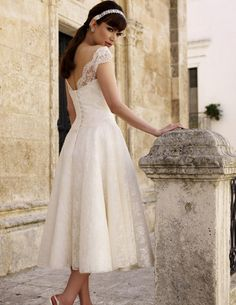cute 50's style wedding dress - back view