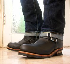 Engineered boots + selvedges. I love the black boots with the brown strip. Its super classy.