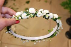 Wedding Veils, Wedding Flowers, Hobbies And Crafts, Diy And Crafts, First Holy Communion, White Gardens, Crown Hairstyles, Tiaras And Crowns, Ikebana