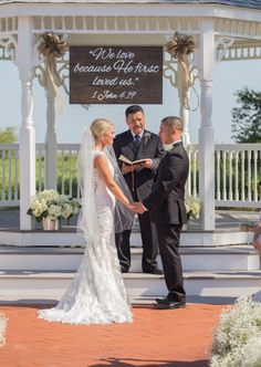 Beaufort Weddings - Jessica Roberts Photography - Ceremony at Traditions aboard MCRD Parris Island in Beaufort, SC.