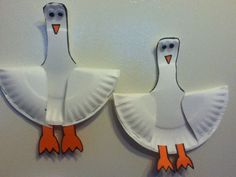 Paper Plate Seagull Ot Inspiration Of Paper Plate Crafts Sea Animals paperplatecrafts paperplatecraftsforkids kidscrafts animalcrafts simplecrafts diyproject Paper Plate Art, Paper Plate Fish, Paper Plate Crafts For Kids, Crafts For Kids To Make, Craft Activities For Kids, Preschool Crafts, Paper Plates, Paper Crafts, Playgroup Activities