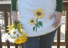 Adorable apron made out of a curtain valance—practically no-sew.