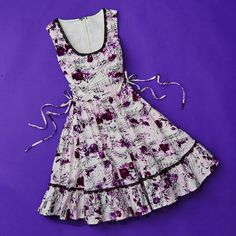 Music. It grows on you // Rose Music Note Dress