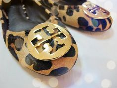 Cheap Tory Burch Outlet! $78 OMG  , I'm gonna love this site  #flats #fall #fashion