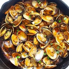Shrimp Boil (with Cajun Butter!) - The BEST Recipe - Rasa Malaysia Clam Recipes, Asian Recipes, Ethnic Recipes, Chinese Recipes, Cookbook Recipes, Shrimp Recipes, Sweet Recipes, Dinner Recipes, Malaysian Food