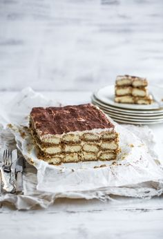 The Italian Tiramisu gets a Christmas makeover with the addition of gingerbread layers - Cook Republic