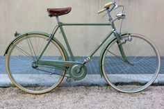 Look Bicycles, Vintage Bicycles, Speed Bike, Cycling Accessories, Old Bikes, Vintage Fashion, Vintage Style, Vehicles, Technology