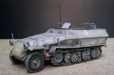 Dragon's Sd.Kfz. 251 Ausf.C Rivetted Version