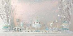 Awesome elegant Frozen Party to Ignacia | CatchMyParty.com