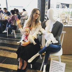 Mall Introduces Breastfeeding Mannequins To End The Stigma | HuffPost Canada