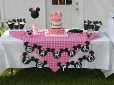 minnie mouse birthday table