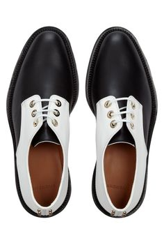 Givenchy | Rounded Derby in black and white mat leather