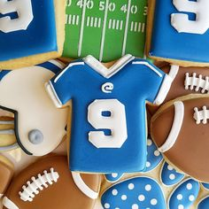 Get inspired for your next baking project by viewing a variety of decorated cookies made from Ann Clark Cookie Cutters. Football Cookie Cutter, Football Cookies, Cookie Cutter Set, Football Football, Cut Out Cookies, Cute Cookies, How To Make Cookies, Cookie Images, Iced Sugar Cookies