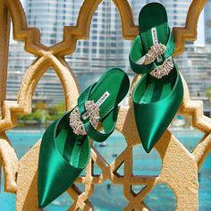 manolo blahnik heels down High Heel Pumps, Stilettos, Stiletto Heels, Cute Shoes, Me Too Shoes, Manolo Blahnik Heels, Fashion Heels, Beautiful Shoes, Wedding Shoes