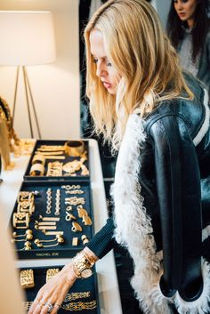 """""""In my role as a CEO, I'll never underplay the fact that I'm a woman. On the contrary, being a woman is a strength."""" - Rachel Zoe on being a woman in the workplace"""