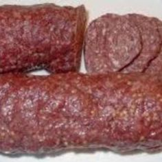 beef sausage Make your own flavorful treat everyone is sure to enjoy! Homemade Summer Sausage, Summer Sausage Recipes, Homemade Sausage Recipes, Hamburger Meat Recipes, Beef Pepperoni, Pepperoni Recipes, Jerky Recipes, Beef Recipes, Corn Dogs