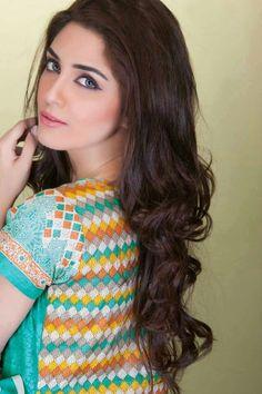Maya Ali is an actress, model and VJ from Lahore, Pakistan. Maya began her career as a VJ at Samaa TV, Waqt News and Dunya News. Pakistani Models, Pakistani Actress, Indian Models, Beautiful Muslim Women, Beautiful People, Gorgeous Women, Female Actresses, Indian Actresses, Beautiful Celebrities