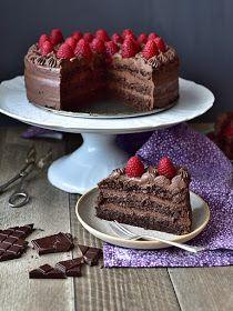 Pradobroty: Dort s kakaovo-mandlovým korpusem a čokoládovým krémem Oreo Cupcakes, Cheesecake Cupcakes, Sacher Torte Recipe, Fondant Cakes, Cupcake Cakes, Sweet Recipes, Cake Recipes, Raspberry Torte, Chocolate Torte