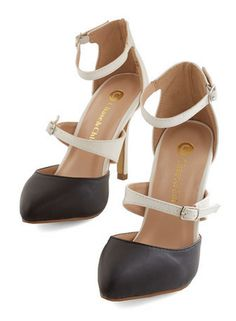 classy two tone heels http://rstyle.me/n/wg6repdpe