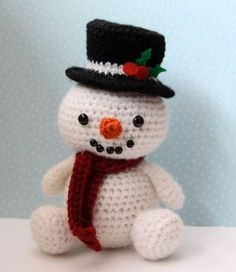 Snowman amigurumi. Plus lots of other cute animal patterns.