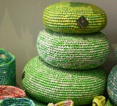 diy crochet grocery bag poufs ways to recycle plastic bags) Plastic Bag Crafts, Plastic Bag Crochet, Recycled Plastic Bags, Recycled Crafts, Diy Crafts, Recycled Plastic Products, Recycled Decor, Ways To Recycle, Reuse Recycle