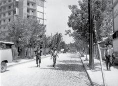 În cartierul Berceni,1960
