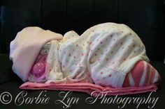 Baby Diaper Tricycle Instructions with Photos | Baby diaper cake. Everything she's made from is usable for the baby ...