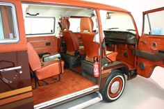 Rare Champagne Edition 1978 Bay-Window Microbus. Finished in its original oh-so-seventies colour scheme of Fuchsrot over Dattelbraun with matching interior
