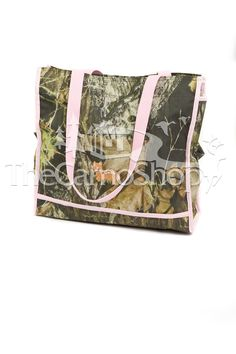 Pink Mossy Oak Diaper Bag I think I'll create my own baby bag.