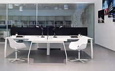 Designer: Sinetica Design Lab Product Origin: Italy