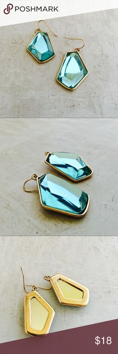 "⭐️ 2/$30 ⭐️ Geo-Drop Earrings Gorgeous Caribbean blue drop earrings. Perfect for summer. 1 3/4"" x 7/8"" ⭐️ 2/$30 ⭐️ bundle two 2/$30 items, offer $30 and I'll accept! Jewelry Earrings"