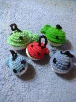 velryba Yoshi, Crochet Earrings, Character, Lettering