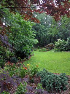 Beautiful Backyard garden inspiration.