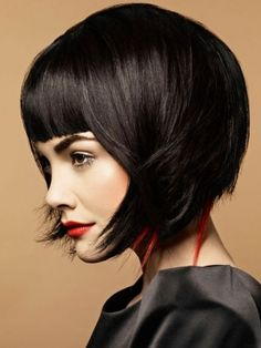 Love the peekaboo red on this bob