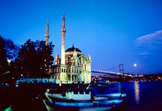 Bosphorus İstanbul - to go  Kuasadda Turkey in 1988 on a Mediterranean cruise I bought a beautiful Turkish rug that I still use