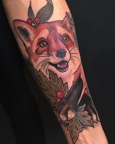 Majestic Fox Tattoo Designs – peças que são notadas - Tatuagemm Head Tattoos, Arm Tattoo, Body Art Tattoos, Sleeve Tattoos, Cool Tattoos, Deer Tattoo, Raven Tattoo, Awesome Tattoos, Tatoos