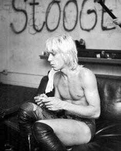Iggy Pop The Stooges, near the end of their run, 1973 Photo credit: Michael Ochs Iggy Pop, Music Pics, Music Stuff, Music Music, Music Bands, Iggy And The Stooges, Famous Musicians, Fandom, Post Punk