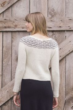aspen pullover by pam allen / from plain & simple: 11 knits to wear every day / in quince & co. owl, colors snowy and albertine