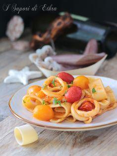 Pasta calamarata con pomodori gialli e rossi
