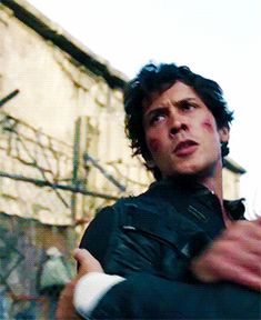 Bellamy's - Movies Street The 100 Cast, The 100 Show, Movies Showing, Movies And Tv Shows, The 100 Serie, Bellamy The 100, Funny Instagram Memes, Chica Cool, Bob Morley