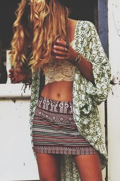 Bohemian casual style. I like the overall effect of this combination