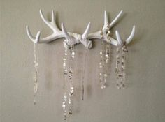 but real antlers. Faux Deer Antler Rack White Jewelry Holder Scarf Holder Mug Holder but I want to paint them and then bedazzle them also! Antler Jewelry Holder, Deer Antler Jewelry, Jewelry Hooks, Antler Art, Jewellery Storage, Jewelry Organization, Antler Necklace, Deer Antler Crafts, Jewelry Box