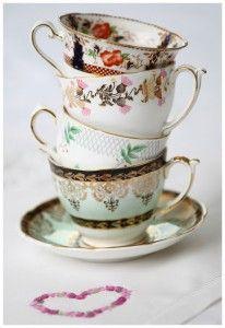 Lieschen und Ruth Vintage Tassenstapel  Vintagegeschirr zum Ausleihen!!! *-*