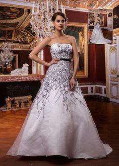 Modest A-Line Strapless Chapel Trian Beaded Wedding Dress
